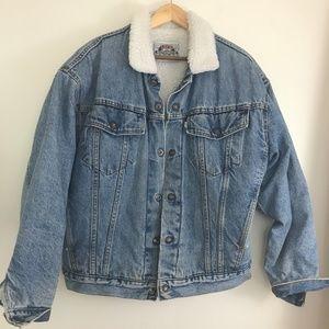 Vintage Levi's Denim Sherpa Lined Trucker Jacket